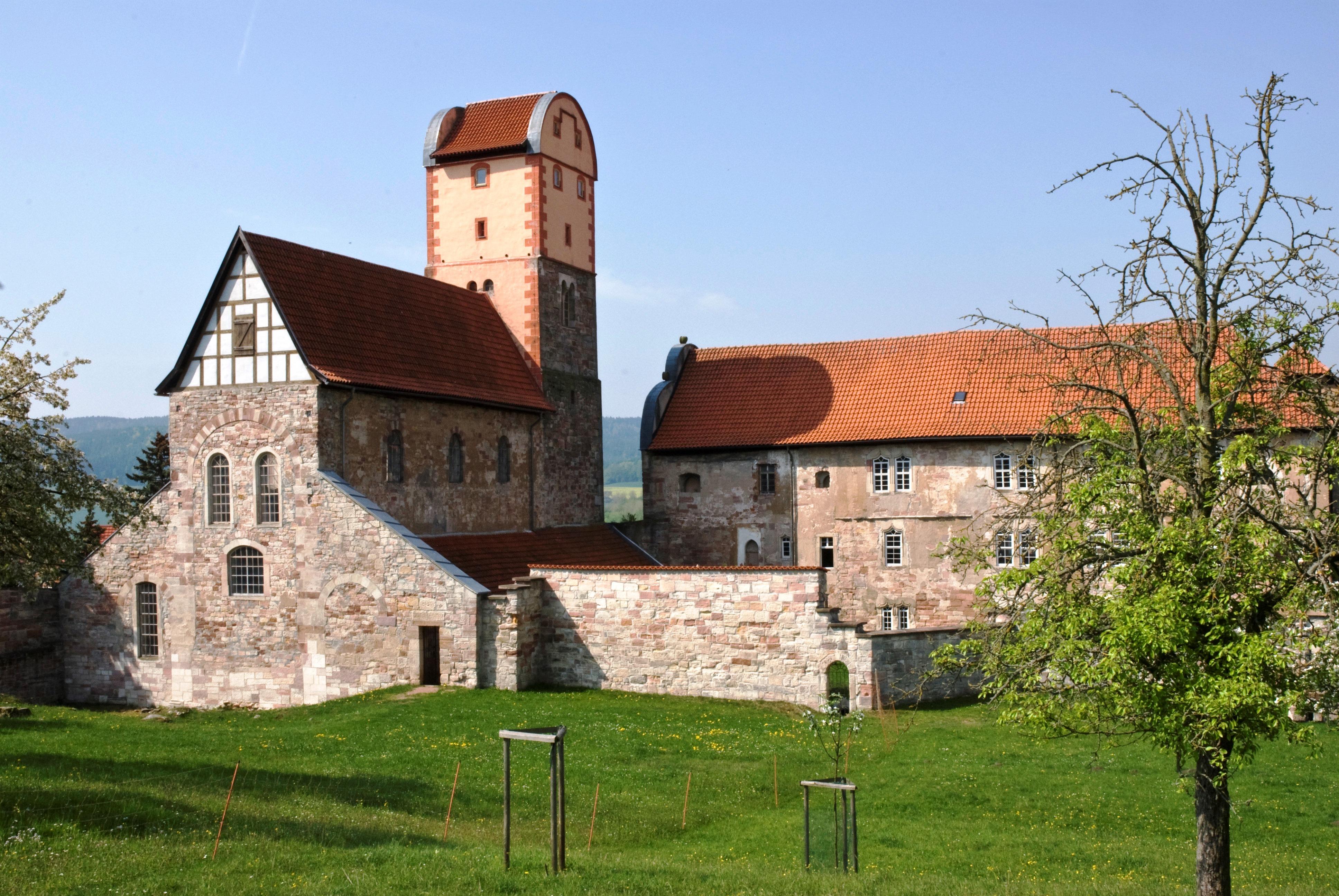 Bild: Schloss und Basilika