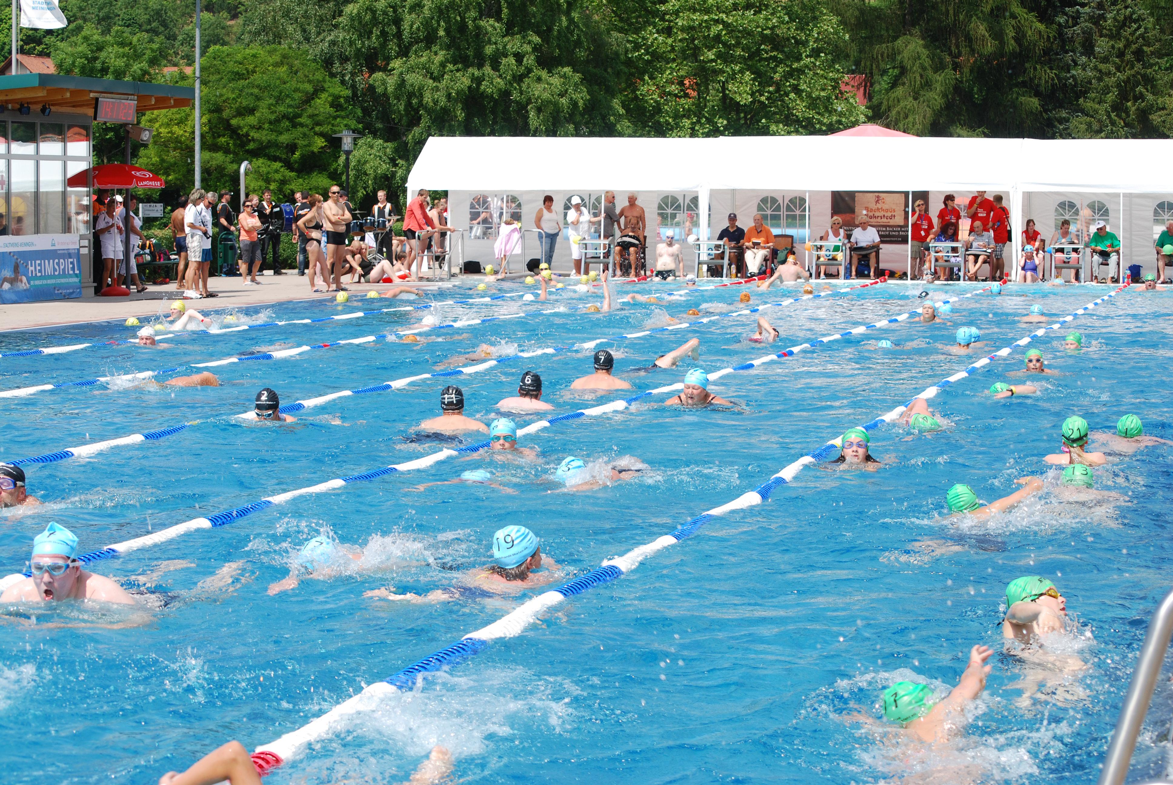 Bild: Meininger 24-Stunden-Schwimmen