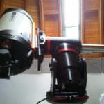 Die Sternwarte in Meiningen steht fast jeden Freitag für interessierte Sternengucker zur Verfügung. Wolfgang Fiedler, Astronomielehrer am Henfling-Gymnasium, leitet die Einrichtung, dessen Herzstück ein Celestron-Spiegelteleskop ist. Zu den Beobachtungs- und Vortragsabenden, die kostenfrei sind, gibt es Astronomisches zu berichten und zu entdecken. (Foto: Wolfgang Fiedler)
