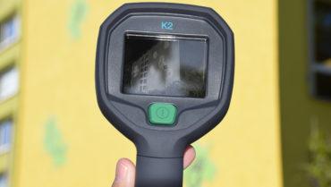 """Wärmebildkamera für Projekt """"Energiesparen an Schulen"""" überreicht"""